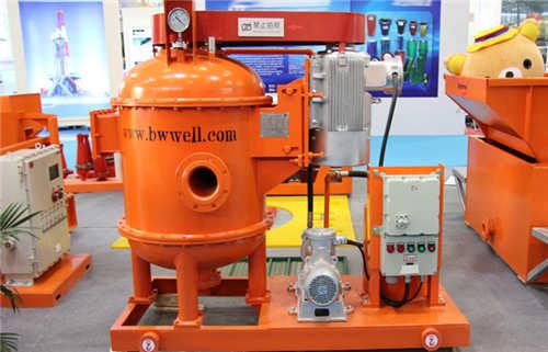第二级固控设备钻井液真空除气器