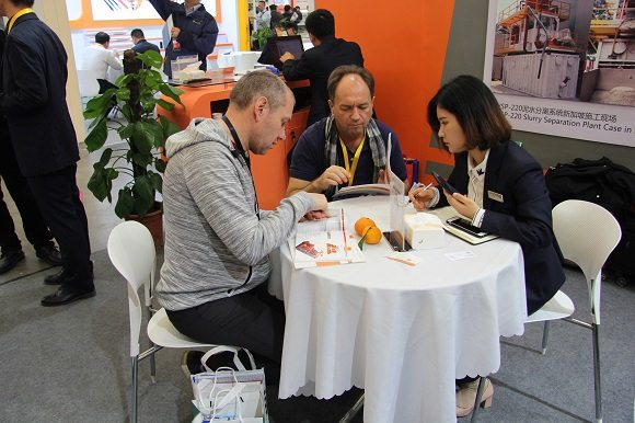 正道能源销售人员同客户座谈